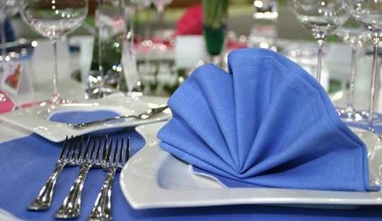 изысканные салфетки к праздничному столу